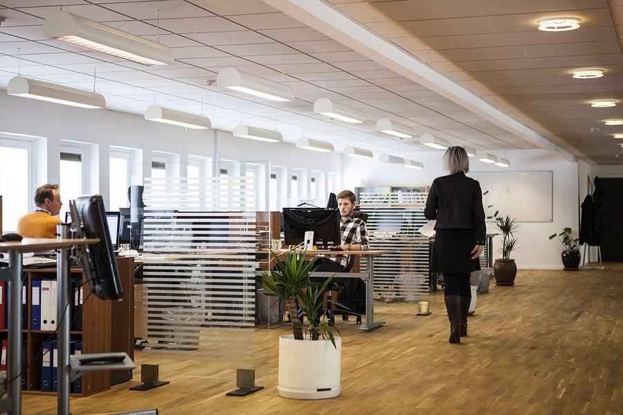 Projektowanie biura podział przestrzeni